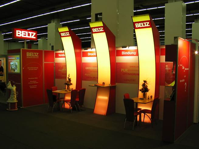 Image 4: Trade Show Stand 4