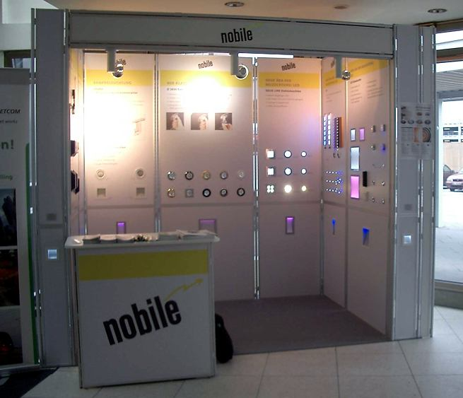 Image 5: Trade Show Stand 5